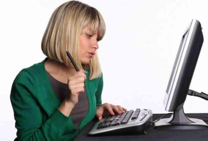 Для начала поиска работы достаточно ввести в строку любого поисковика — «Работа в интернете»